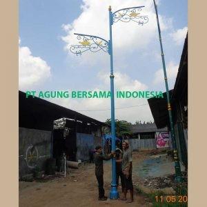 tiang Lampu pju antik 7 meter