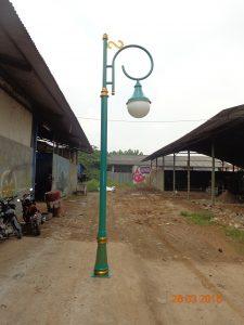 Gambar Tiang Lampu Taman