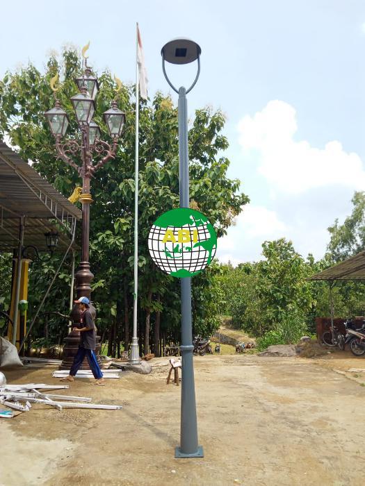 Model Tiang Lampu Taman